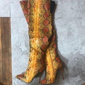 NEVER WORN thigh high orange snakeskin boots W8.5